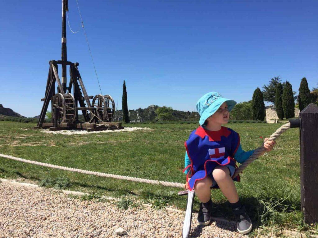 what to do at the chateau des baux de provence.