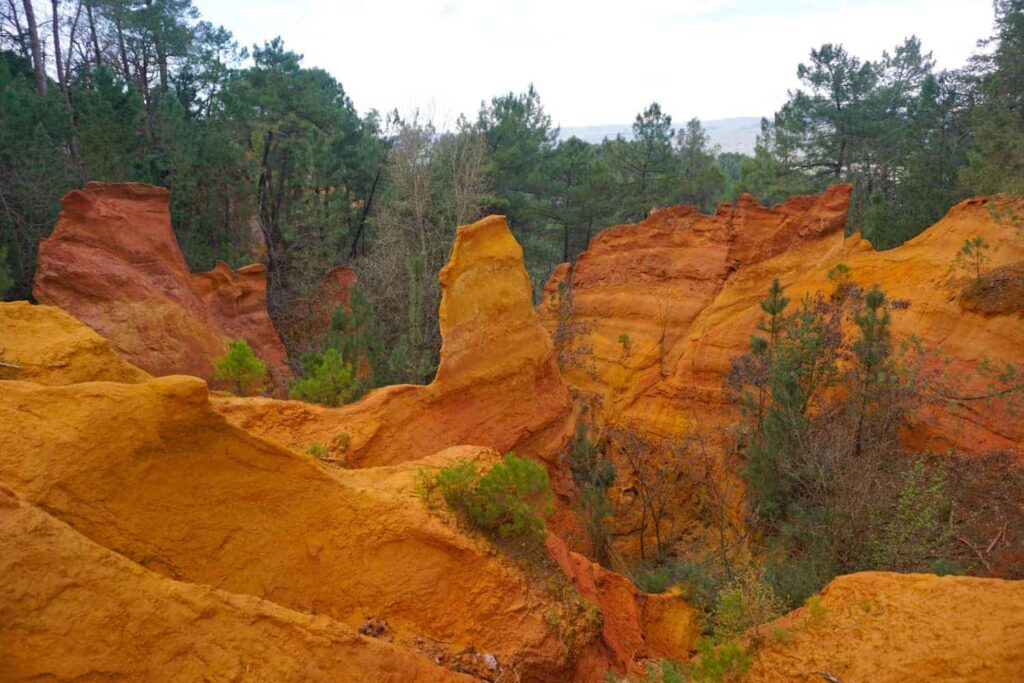 The Ochre Trail in Roussillon, Provence, France. Le Sentier des Ocres.