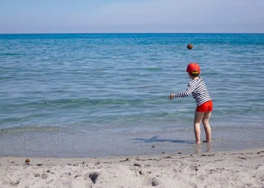 Family holiday guide to Sardinia. What to do with kids in Sardinia
