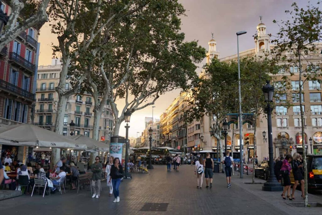 is it safe to travel to Barcelona?