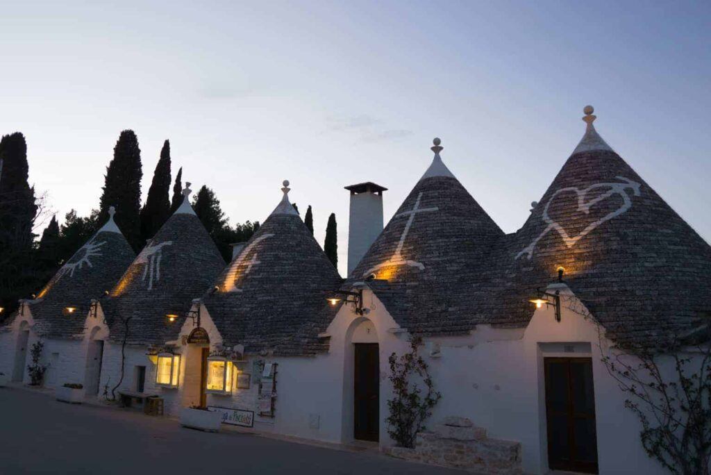 The Best Towns in Puglia Italy. Things to do in Alberobello.