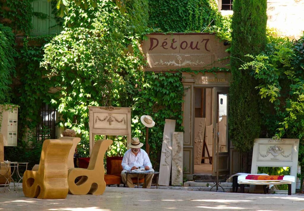 The streets of Saint-Rémy-de-Provence. A great day trip from Avignon.