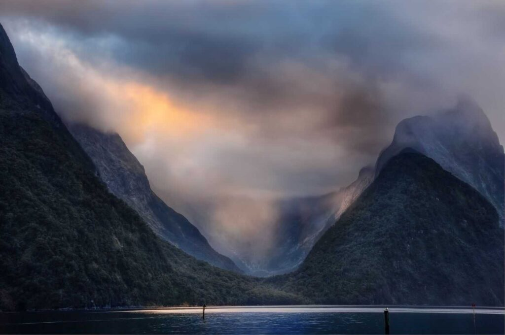 Walking the Milford sound is one of the best things to do in New Zealand