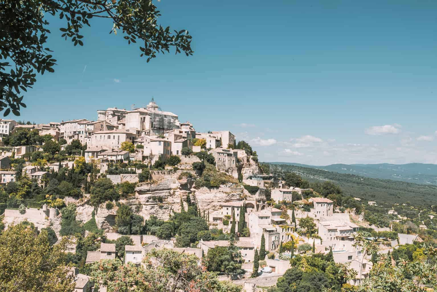 Visiting the village of Gordes on a luxury lavender tour in Provence, France