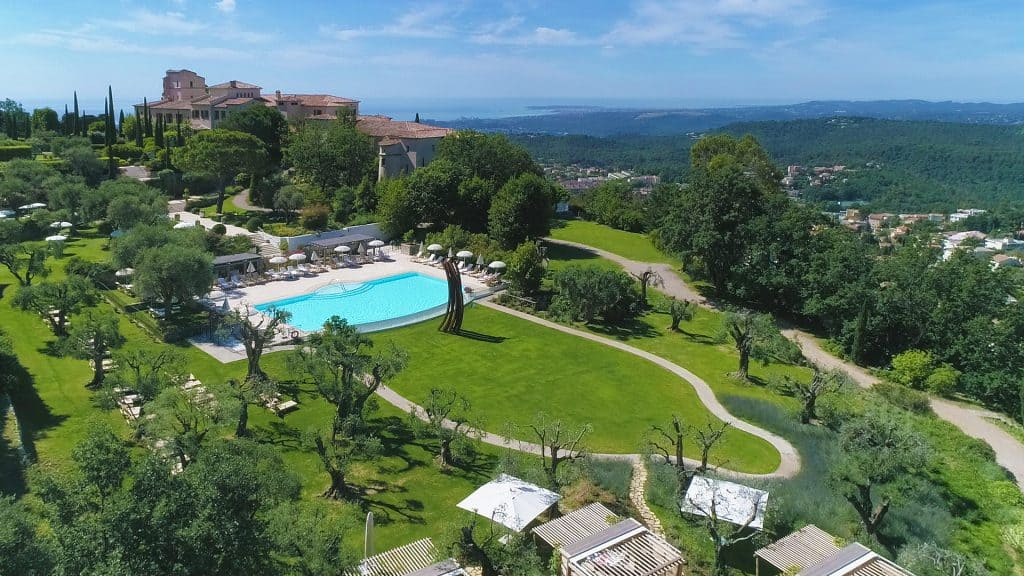 Château Saint-Martin is one of the best chateaux hotels in France