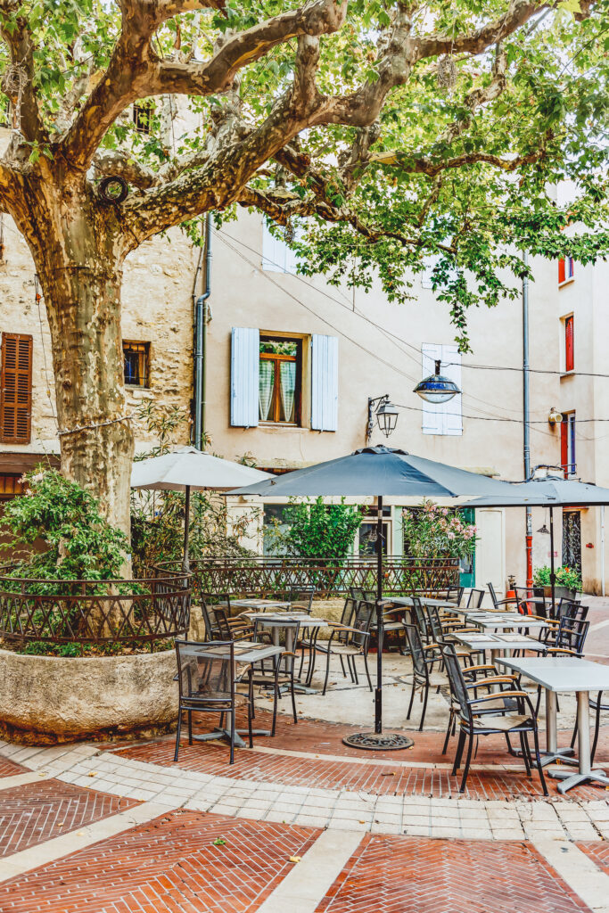 Manosque is a town in Provence at the gateway of the Luberon