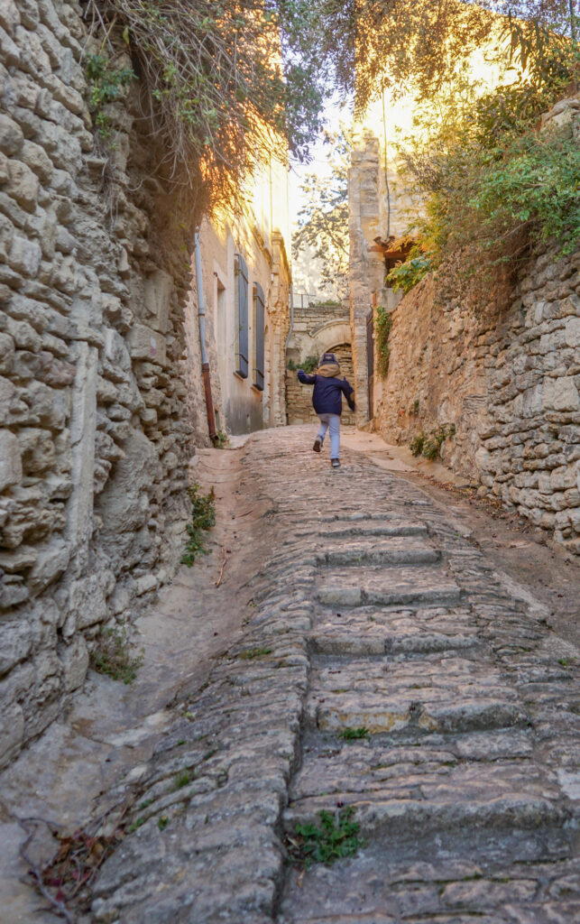 Wandering the streets of Gordes France